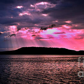 Geoff Childs - Pink and Grey Rays Sunrise Art  photo download and wallpaper screensaver.