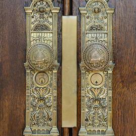 Pioneer craftsmanship by Carl Nielsen