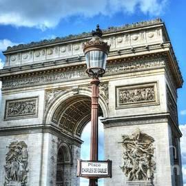 Place Charles De Gaulle by Mel Steinhauer