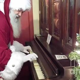 Player Piano Santa