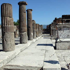 Pompei Comitium portico by Ros Drinkwater
