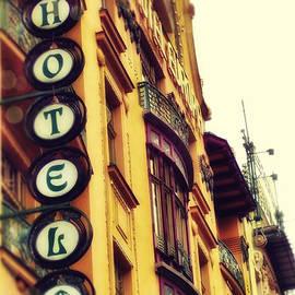 Justyna JBJart - Prague - Hotel