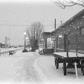 Carol Groenen - Prosser Winter Train Station