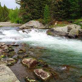 Jeff Swan - Quaint stream in the Beartooth mountains