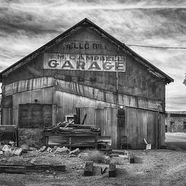 R. M. Campbell Garage by Jim Thompson