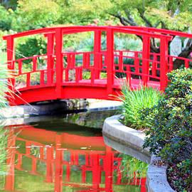 Cynthia Guinn - Red Bridge