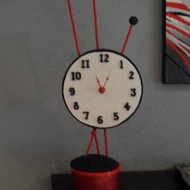 Val Oconnor - Red Clock