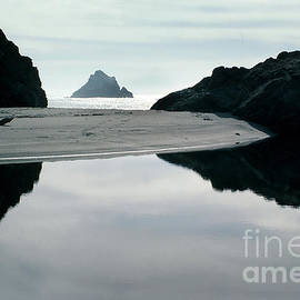 California Views Mr Pat Hathaway Archives - Reflection on Bixby Beach Big Sur California by Pat Hathaway