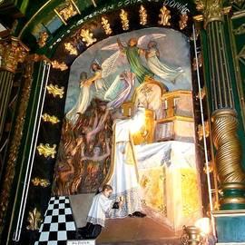 Vladimir Berrio Lemm - Renaisance Altar Chapel