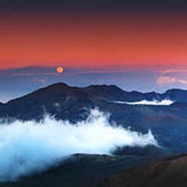 Marco Crupi - Rise and Set at Haleakala