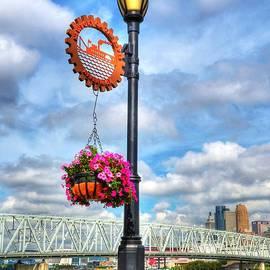Mel Steinhauer - Riverboat Lamp