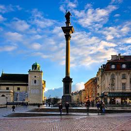 Royal Castle Square And Sigismund's Column by Tomasz Dziubinski