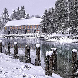 Marty Saccone - Rustic Smokehouse Snowscape