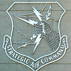 Sac Strategic Air Command by Jeff Lowe