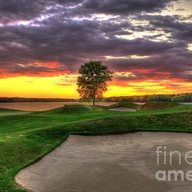 Sand Flies Golf The Landing Lake Oconee Art by Reid Callaway