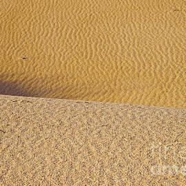 Bob Phillips - Sand Layers