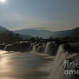 Timothy Connard - Sandstone Falls by Moonlight