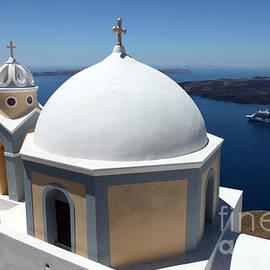 Santorini Greece by Ros Drinkwater