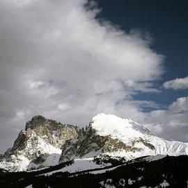 Michael Walters - Sasso Piatto Plattkofel Sasplat snow field  and Sassolungo Langkofel   in backgoround Selva Val Gard