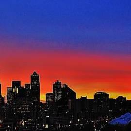 Benjamin Yeager - Seattle Dawning Panorama
