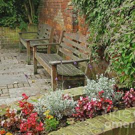 Ann Horn - Secluded English Garden