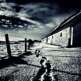Stelios Kleanthous - she walked away