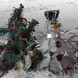 Thomas Woolworth - Silver Snowman with Christmas Tree