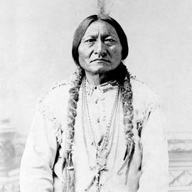 Sioux Chief Sitting Bull by War Is Hell Store