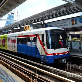 Skytrain carriage metro railway at Nana station Bangkok Thailand by Imran Ahmed