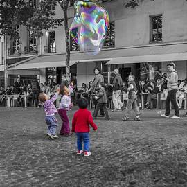 Soap bubble fun by Patricia Hofmeester