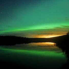 David Broome - Soft Auroral Glow