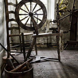 Peter Chilelli - Spinning Wheel