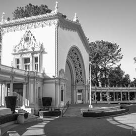 Spreckels Organ Pavilion At Balboa Park by Priya Ghose