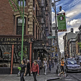Madeline Ellis - Spring and Mulberry - Street Scene - NYC