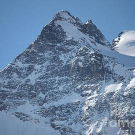 Christine Dekkers - St Mortiz Peaks