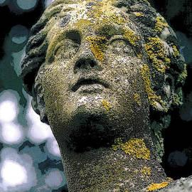 Colin Hunt - Statue - 0148