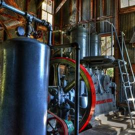 Steam generator at Koreshan by Timothy Lowry
