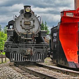 Steam Train TR3637-13 by Randy Harris