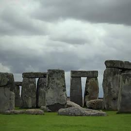 Joanna Madloch - Stonehenge 3