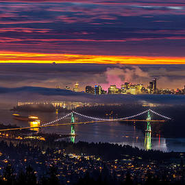 Sunrise from West Vancouver by Pierre Leclerc Photography