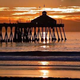 Sunset at IB Pier by Barbie Corbett-Newmin