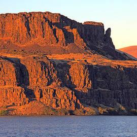 Sunset Cliffs At Horsethief  by Talya Johnson