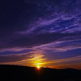 Sunset From Lyle Wa by Jeff Swan