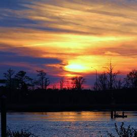 Cynthia Guinn - Sunset On Cape Fear River