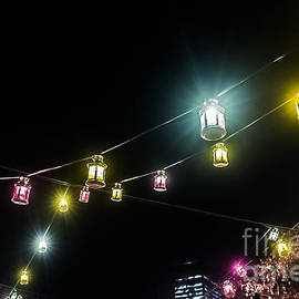 Silken Photography - Swinging Lanterns