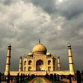 Amanda Stadther - Taj Mahal