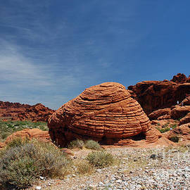 515p The Beehive In Valley Of Fire by NightVisions