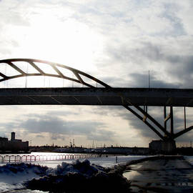 David Blank - The Daniel Hoan Memorial Bridge