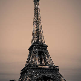 The Eiffel Tower by Gregory Payne