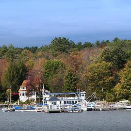 The Fall Comes To Lake Winnipesaukee by Brenda Kean